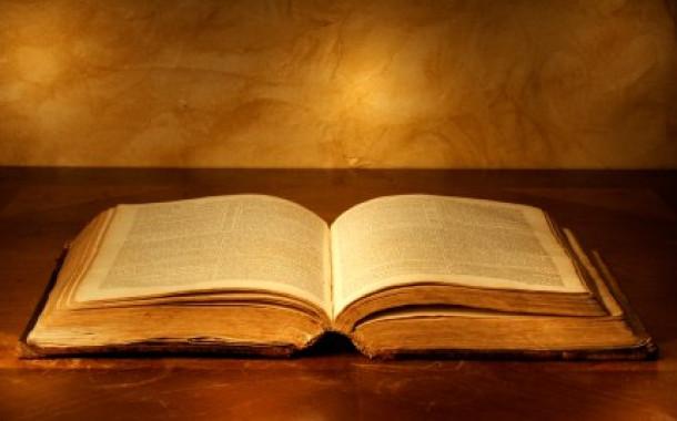 El Nuevo Testamento fue escrito mucho tiempo después de la muerte de Jesús?